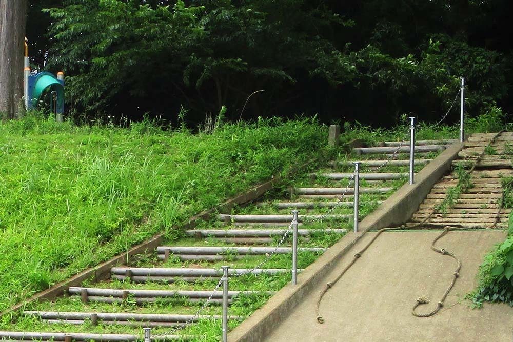 利根二葉幼稚園 大きな階段