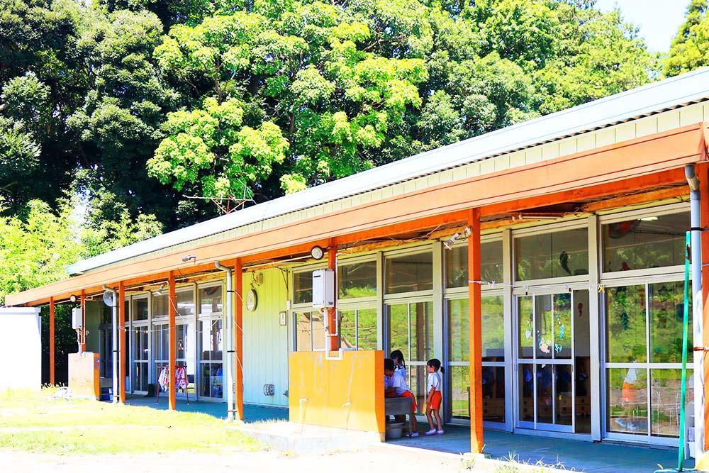 利根二葉幼稚園 後ろの園舎